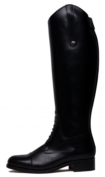 Leather boots, black boots for woman, comfortable boots, black leather boots, tall boots, boots for the winter, stylish boots, perfect boots for all the seasons