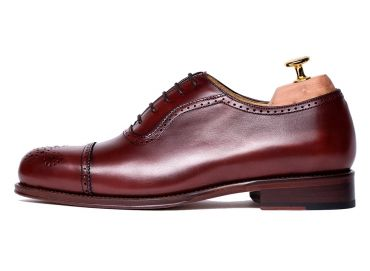 Wine shoes, Oxford wine shoes for men, versatile shoes, shoes with style, stylish shoes, office shoes, work shoes, ideal shoes for the gentlemen, shoes for the business men