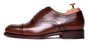 Oxford shoes, Oxford shoes for men, chocolate shoes, Brown shoes for men, dark Brown shoes for men, dress shoes, Oxford dress shoes, light shoes, comfortable shoes, classic shoes