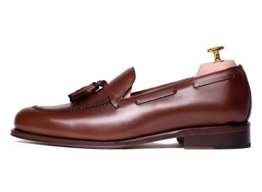 Moccasin shoes for men, tassel shoes, chocolate tassel shoes, dark Brown loafer, hazelnut brown shoes, brown shoes tasseled, comfortable shoes, perfect shoes made in Spain