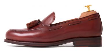 Tassel loafer, tassel loafer in Europe, tassel loafer in brown, tassel loafer made of leather