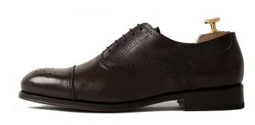 Must have mens shoes, timeless shoes, Brown shoes, Brown Oxford shoes for men