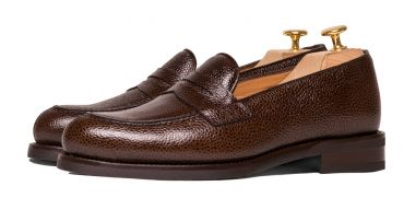 Dark brown shoe, loafer, shoes with an eye mask, shoes long lasting, comfortable and casual shoes, penny loafers
