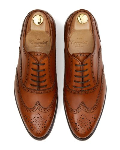 Cognac shoes, full brogue shoes for men, elegant shoes, comfortable shoes, easy to put shoes, good quality shoes, Spanish footwear for men, shoes for any type of men