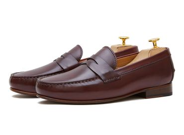 Penny loafer, leather shoes, burgundy shoe, loafer, shoe mask, diamond mask, comfortable shoes, summer shoes