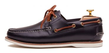 Driving shoe with eyemask in dark brown shade. comfortable shoe for summer
